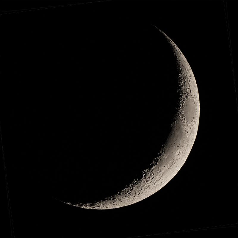 12 Moon crescent